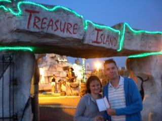 Richard & Emily outside Treasure Island