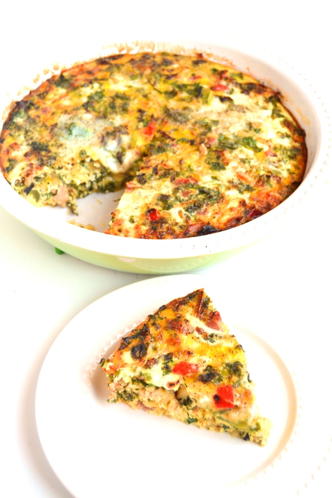 Bacon, Potato and Vegetable Egg Bake is simple to make and is full of flavor for a delicious and satisfying breakfast or brunch that your whole family will love! www.nutritionistreviews.com