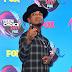 Ne-Yo comparece ao Teen Choice Awards 2017 no Galen Center em Los Angeles, na California – 13/08/2017