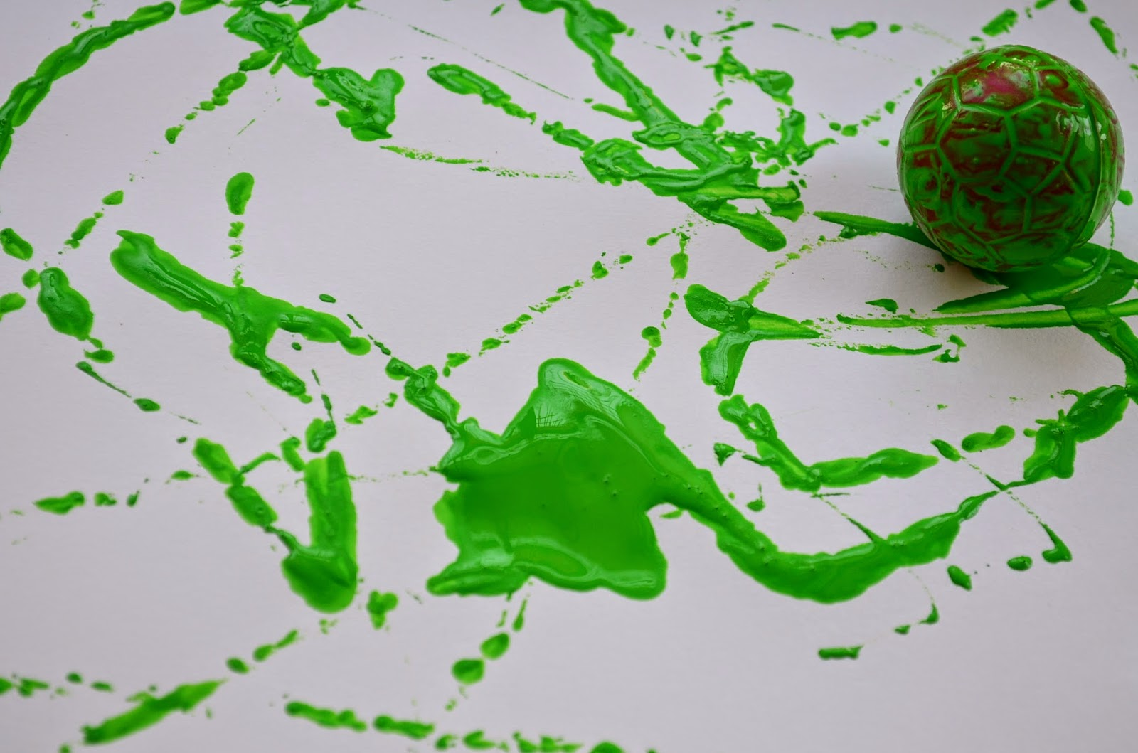 Kids Activity: Paint with Ping Pong Balls
