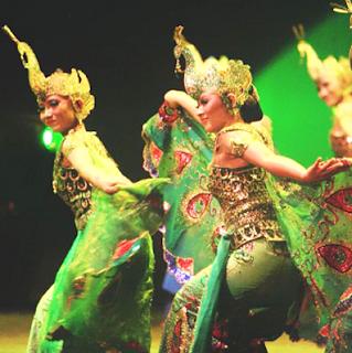Sejarah Kesenian Tari Merak dan Gerakan Tarian Merak Tradisional Daerah Jawa Barat Tempat Wisata Sejarah Kesenian Tari Merak dan Gerakan Tarian Merak Tradisional Daerah Jawa Barat
