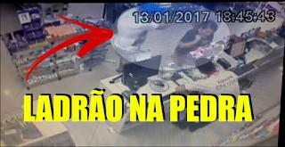 [VÍDEO] DURANTE ASSALTO LADRÃO LEVA A PIOR