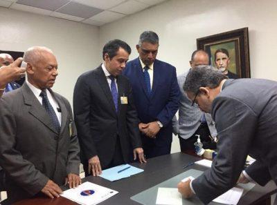 PRM dice actuaría ante la justicia por caso de escáneres, si JCE no procede