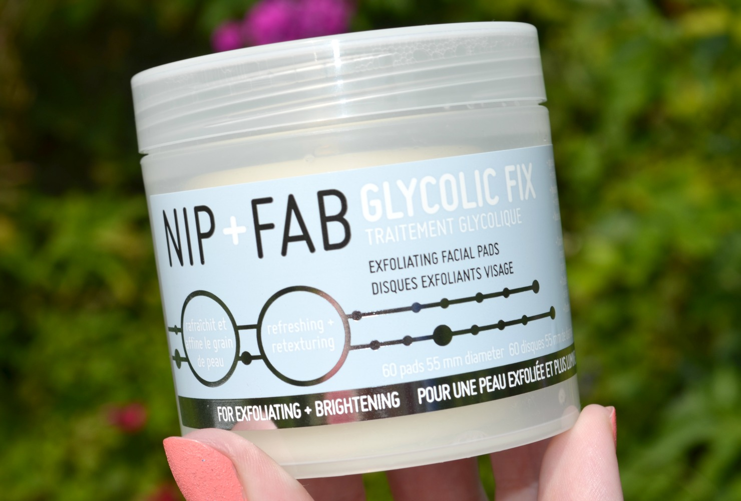Nip + Fab Glycolic Fix Exfoliating Facial Pads Review - glycolic acid soaked exfoliating pads to slough away dead skin cells
