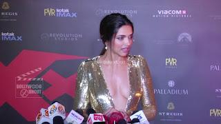 Deepika Padukone Promoting   Return of Xander Cage in India in Golde Gown 39 .xyz.jpg