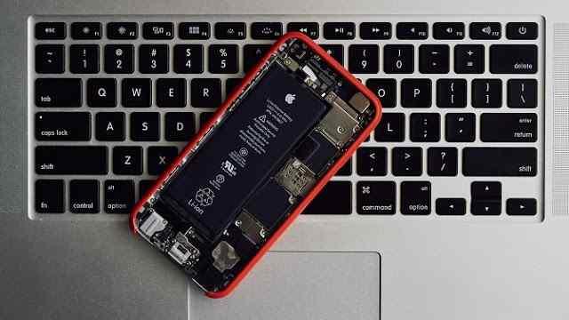 علامات في هاتفك تخبرك بأن ضحية برامج ضارة او يتم التجسس عليك!