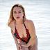 Η Lindsay Lohan κάνει διακοπές και μοιράζει εγκεφαλικά