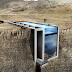 Desain Rumah Unik Tepi Jurang Dengan Kolam Renang Di Atapnya