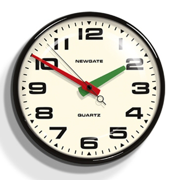 wall clock with red and green hands