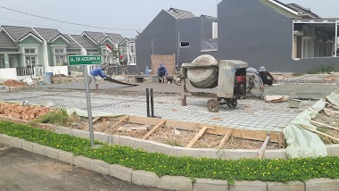 Pengerjaan Finishing Floor Hardener, Lapangan Olahraga, Cibitung - Bekasi