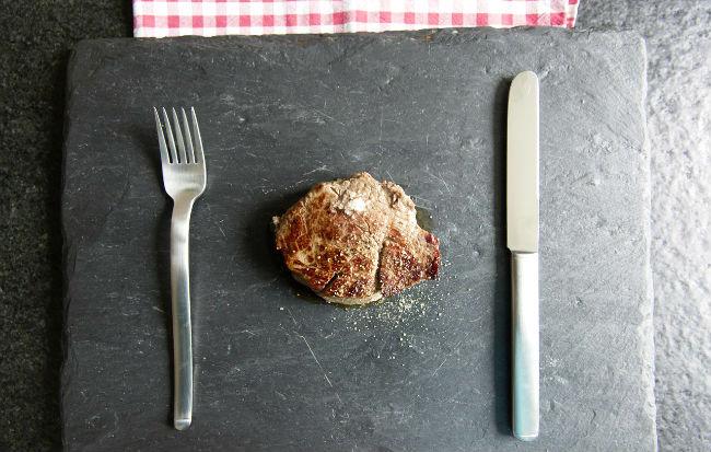 Una bistecca molto piccola