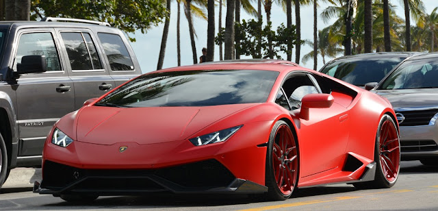 Miami Beach cars red Lamborghini