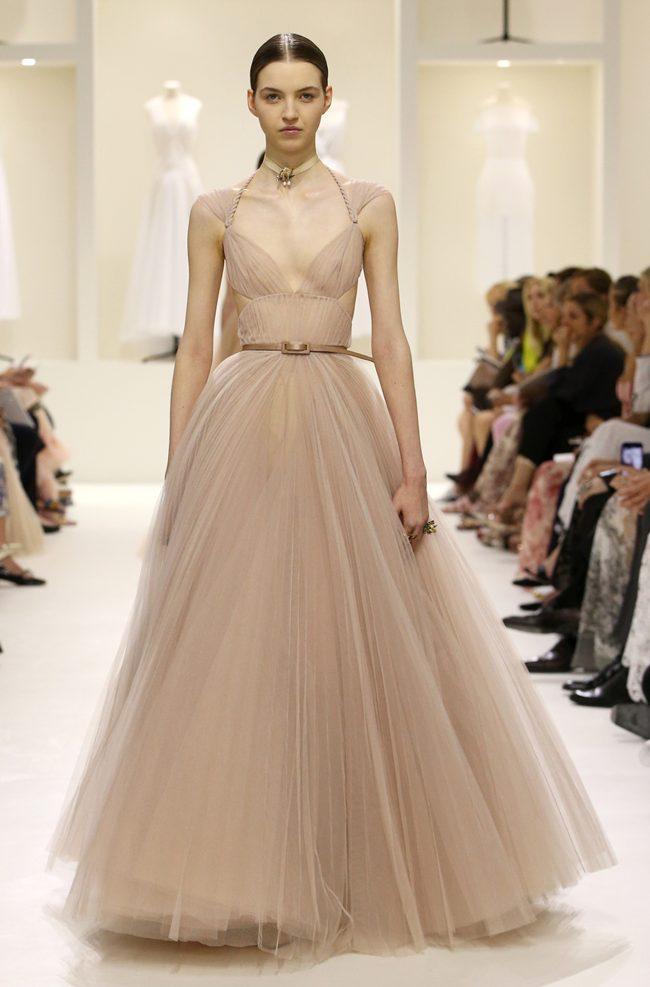 Die zarten Roben der Dior Haute Couture H/W 18/19