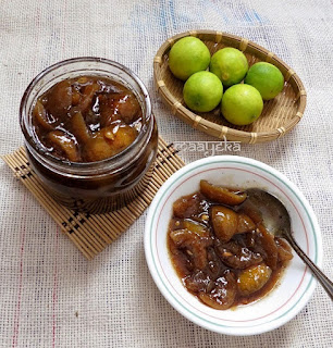 Image of sweet and sour lemon pickle