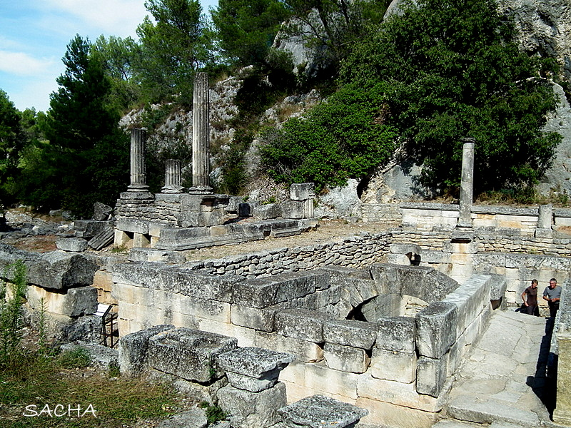 chemins et jardins blog rando et balade le site arch ologique de glanum st r my de provence. Black Bedroom Furniture Sets. Home Design Ideas