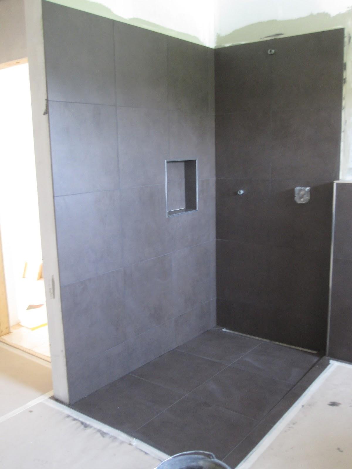 holzhaus wir bauen ein haus aus holz boden verlegen. Black Bedroom Furniture Sets. Home Design Ideas