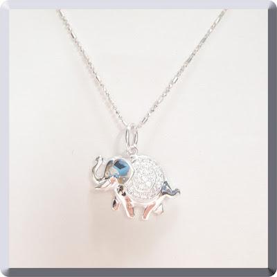 Dije de Elefante de la India plata con cubic y cadena