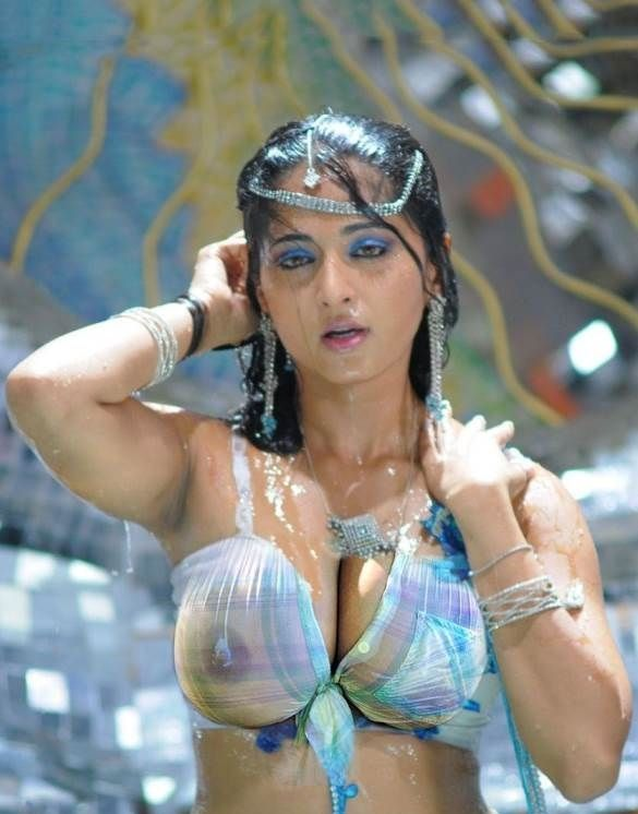 actress nude real photos