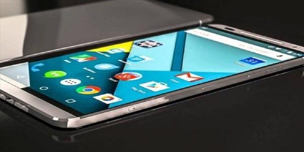 Επανάσταση στις οθόνες smartphone χάρη σε γραφένιο και ασήμι