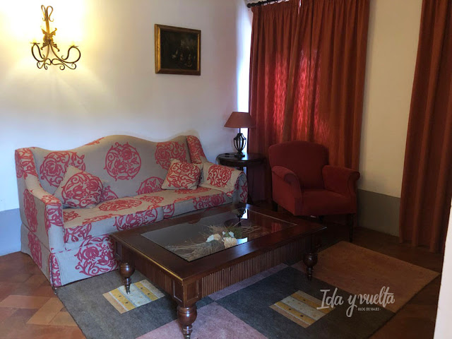Hotel Convento la Magdalena salón de la suite