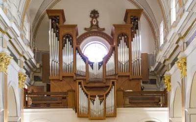 https://www.bromera.com/tl_files/activitatsdigitals/andantino_3v_PF/A3_23_Musicograma_Orgue.swf