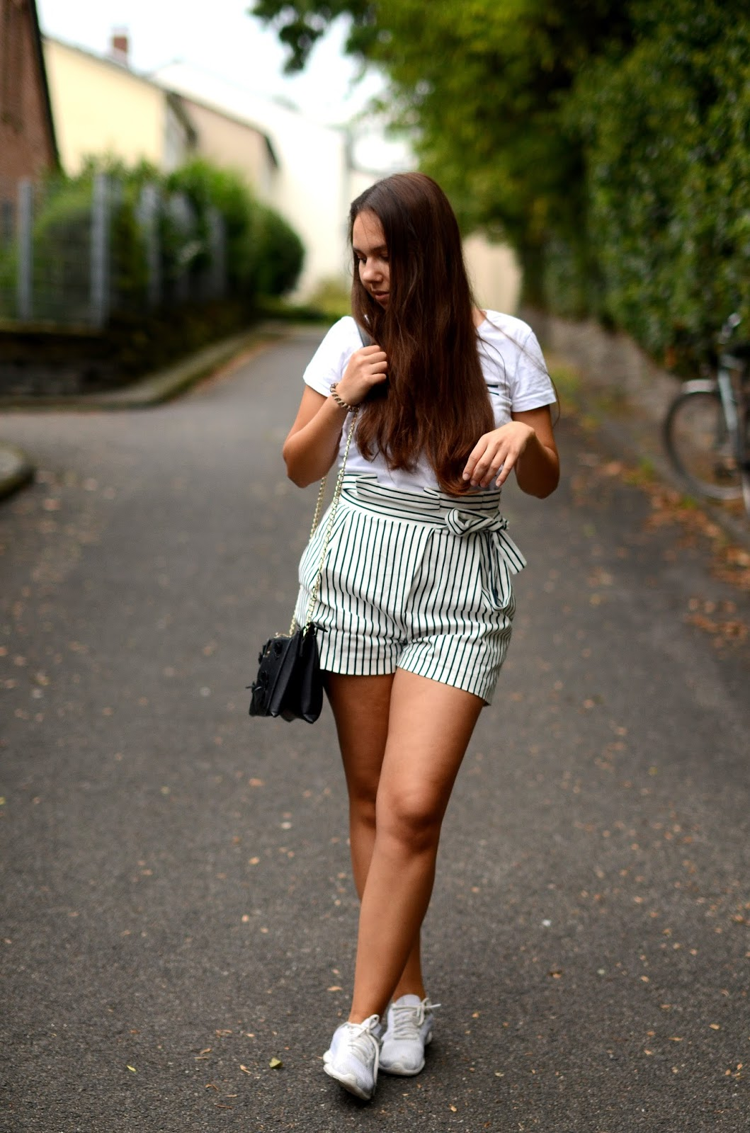 gestreifte high waist shorts outfit