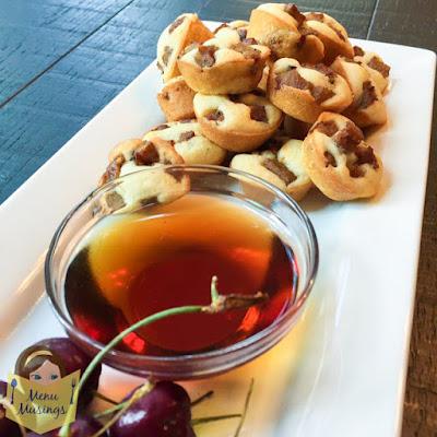 Mini sausage pancake muffins_menumusings.com