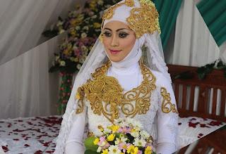 cara merias pengantin jawa,wajah sederhana,tutorial makeup pengantin modern,pengantin step by step,cara make up pengantin berjilbab,langkah langkah merias pengantin,pengantin yang betul,