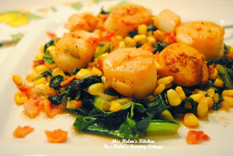 Seared Scallops In Garlic Pepper Sauce at Miz Helen's Country Cottage