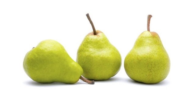 10 Healthy Reasons to Eat Pear Everyday