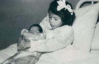 Ibu Paling Muda Sepanjang Sejarah, Melahirkan Bayi di Usia 5 Tahun