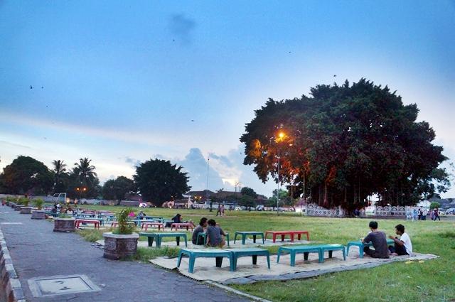 Tempat Wisata Jogja - Alun Alun Kidul