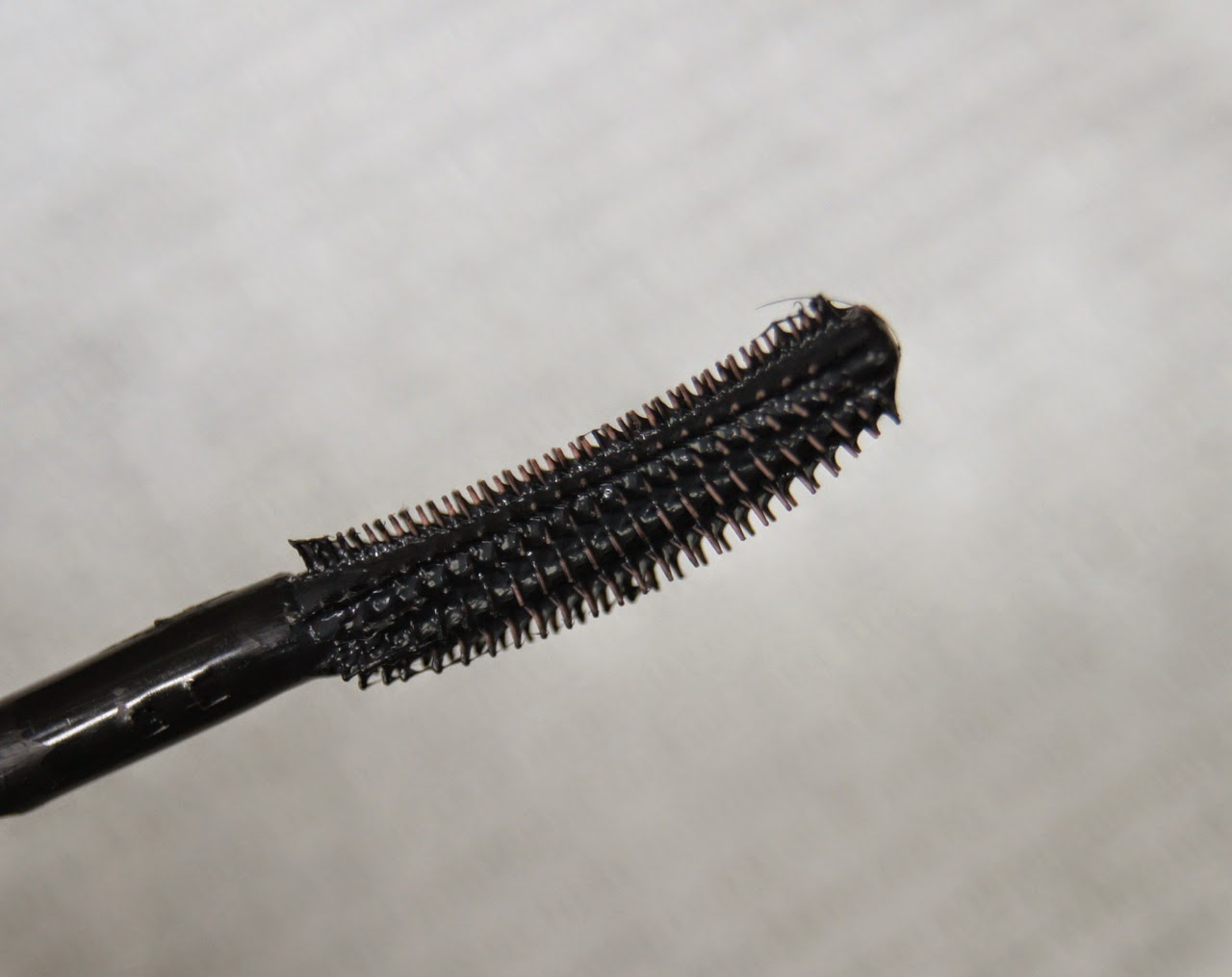 benefit roller lash mascara wand worth the hype