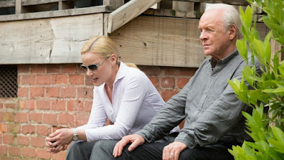 Picture of Abbie Cornish and Anthony Hopkins in Solace (14)