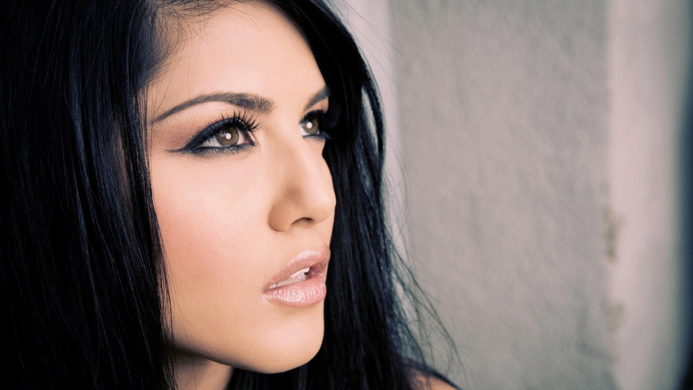 Sunny Leone Hd Wallpapers ~ WALL PC