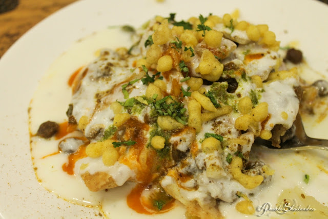 Delicious Sweet Spicy Samosa Chaat