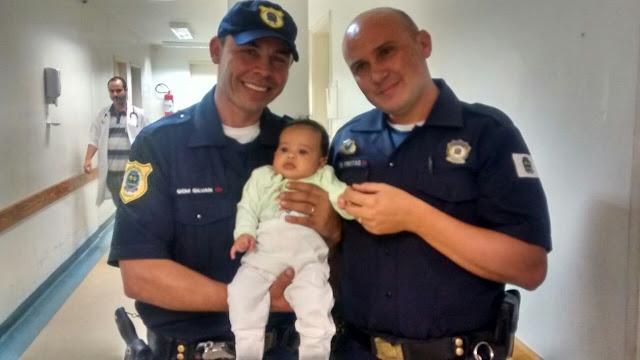 GCMs de Jandira salvam a vida de um bebê.