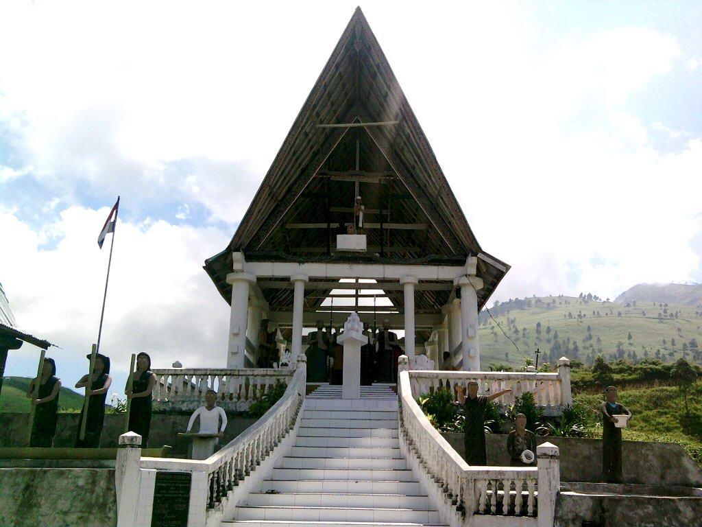 Image result for Legenda Pusuk Buhit dan Asal Muasal Si Raja Batak