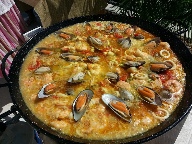 valencian-paella-887807_960_720.jpg
