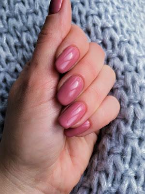 poymysł na hybrydowy manicure