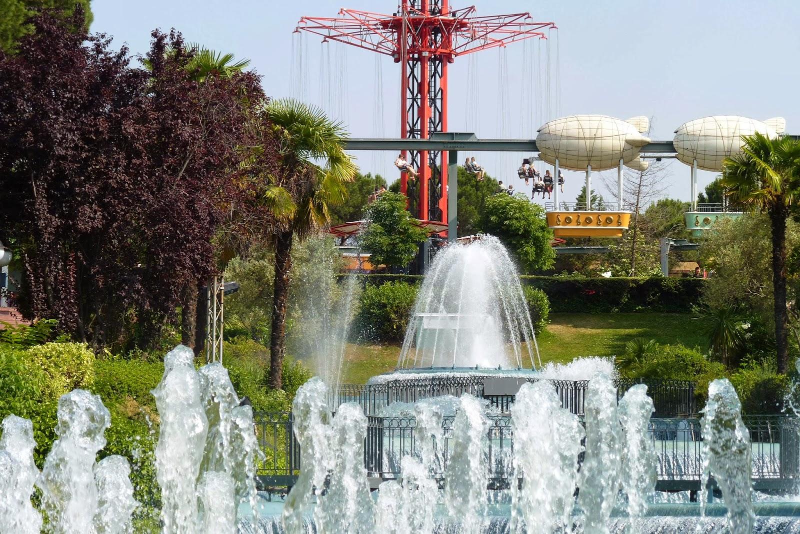Zona Tranquilidad, Zeppelin del Parque de Atracciones de Madrid.