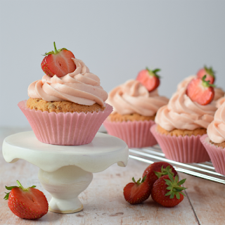 Working on the composition of Strawberry Cupcakes image