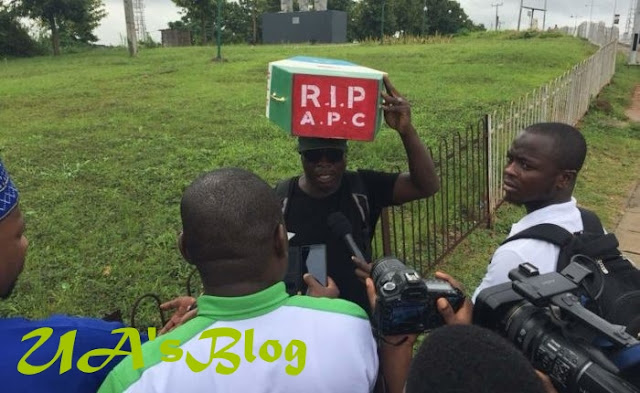 For 'Unfulfilled' Promises, Man Who Trekked For Buhari In 2015 Declares APC Dead