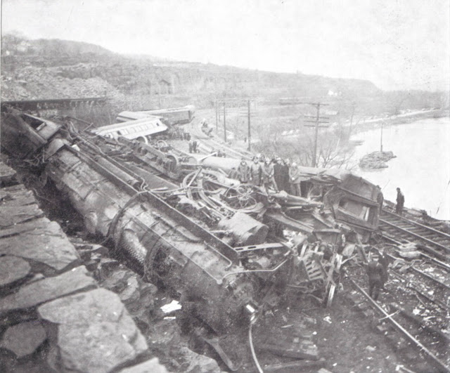 19 April 1940 worldwartwo.filminspector.com Train crash Little Falls New York