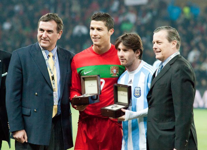 C. Ronaldo Akan membuka ruang negosiasi dengan Klub lain