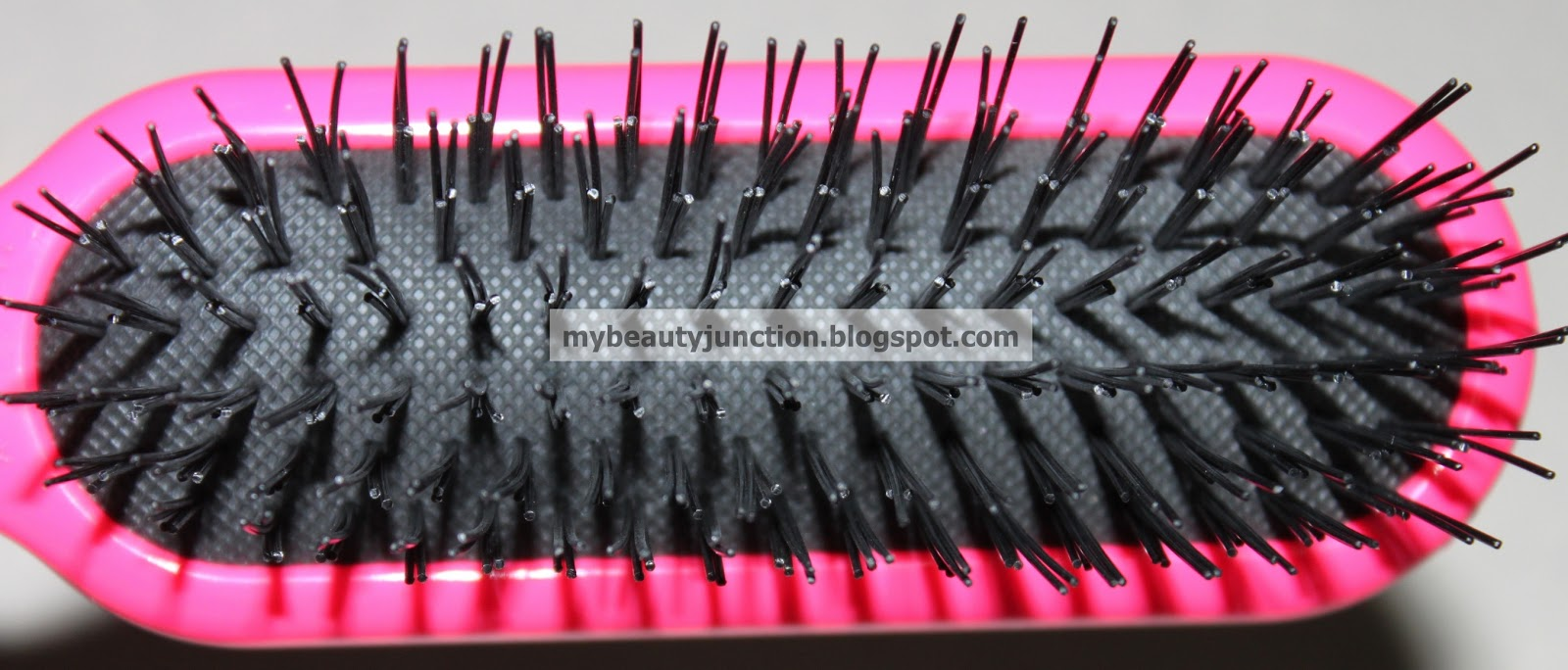 Denman Tangle Tamer detaingling hair brush review, photos