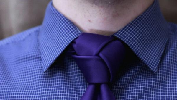 cara mengikat dasi unik dan keren trinity