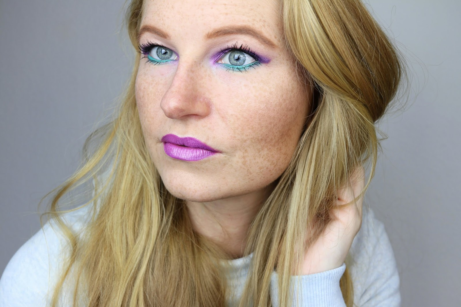 https://www.zaphiraw.de/2019/01/purple-turquoise-make-up-zum.html