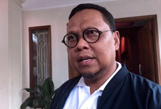 Prabowo Coba Giring Publik untuk Lebih Percaya Medsos Ketimbang Pers