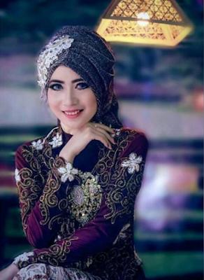 Kreasi Jilbab Pengantin Elegan